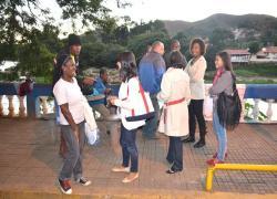 Secretaria Municipal de Assistência Social avalia ação com moradores de rua no Centro de Barra do Piraí